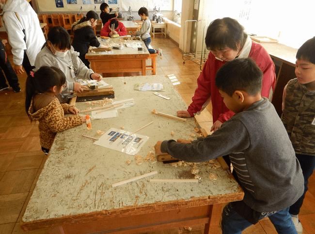 ひのき箸作り体験